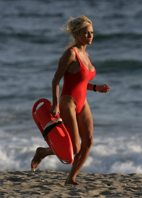 Pamela-anderson-baywatch-1_4631f35278aa1